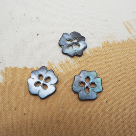 Bouton Nacre Ethnic Flower 20mm