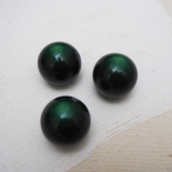 Green resin plum ball button 20mm