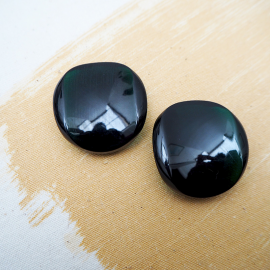 Green Resin Oval button 36mm