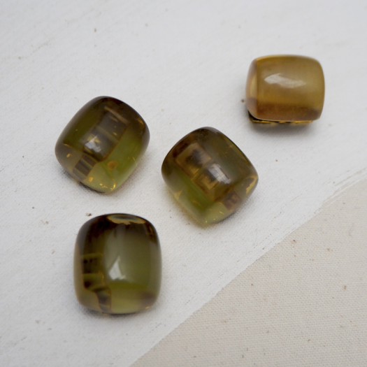 Amber Button Cylinder 22mm