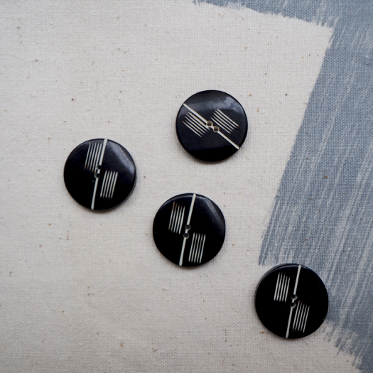 Black Resin Button Foxtrot 26mm