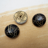 Saturn Resin Couture Button 24mm