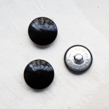 Round Vinyl Button Black Pop 28mm