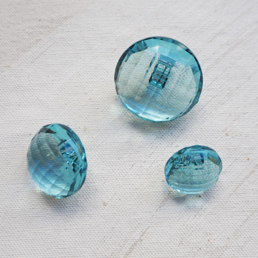 Round Blue Resin Diamond Button 18-23-28mm