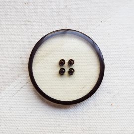 Transparent Design Button Resin 30mm Seven