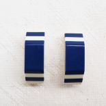 Resin Button White Navy Blue 32mm