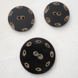Large beige brown button 40-50mm Safa