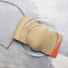Short Designer Necklace Cravateen Beige Orange