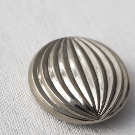 Design Striated Metal Button 31mm Dali