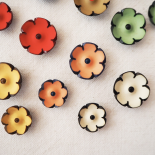 Set of Flower Fashion Buttons Lea 15-20 mm