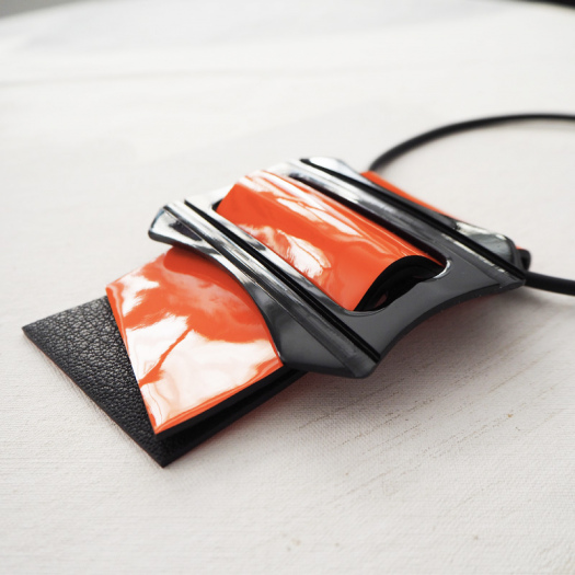 Design Short Necklace Orange Square