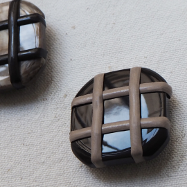Crossed Square Buttons Set Brown and Beige 30mm