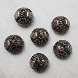 Beautiful Silver Design Buttons Cléo 28mm