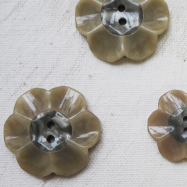 Button Flower Bakelite Gray Beige Eva 13-17-21-26mm