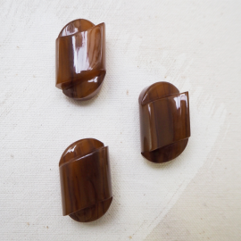 Stylish Bakelite Button Brown Amber 18mm