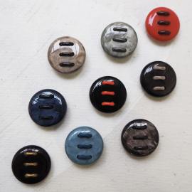 Design Button Set Multicolored Resin Spun 25mm
