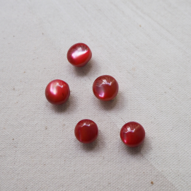 Pearl Buttons Mother of Pearl Red Ruby 10-11mm