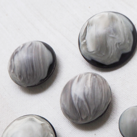 Beautiful Fashion Buttons Black Gray White 17-20-21-26-30mm