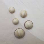 Beautiful Fashion Buttons Beige White 17-20-26-30mm