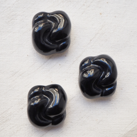 Beautiful Black Design Buttons Knot 30mm