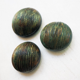 Fabulous Jewel Buttons Green and Gold 34-40mm