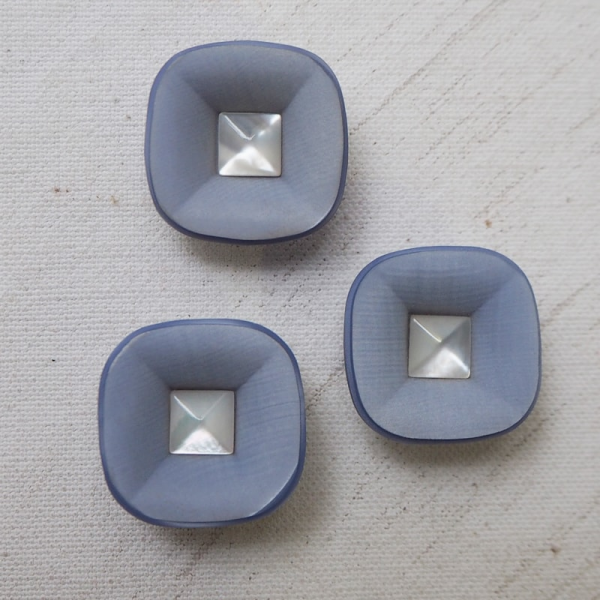 a1315048607 Fashion square button light blue space age buttons paradise jpg 600x600 Blue  buttons