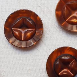 Resin Buttons Brown Diams 35mm