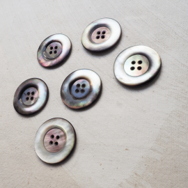 Charming 35mm Bluish Gray Mother-of-Pearl Button
