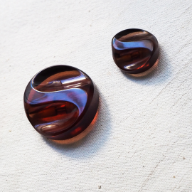 Stylish Red Garnet Button 21-24-35mm