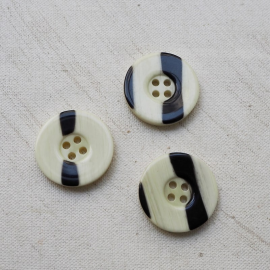 Resin Button Black and White Zebra 26mm