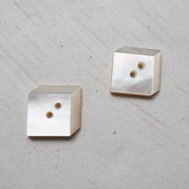 Jewelry Button Set Square Mother of Pearl 22mm