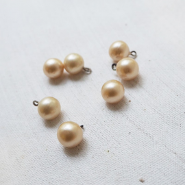 Glass Pearl Button Cream White 11mm
