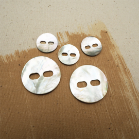 Mother-of-pearl Mask button 20-34mm